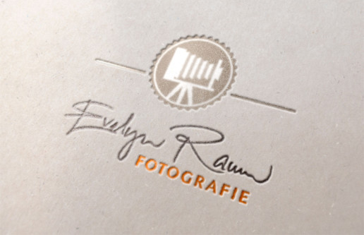 Logo Evelyn Raum Fotografie